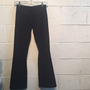 Lululemon black bootcut yoga pants size 4